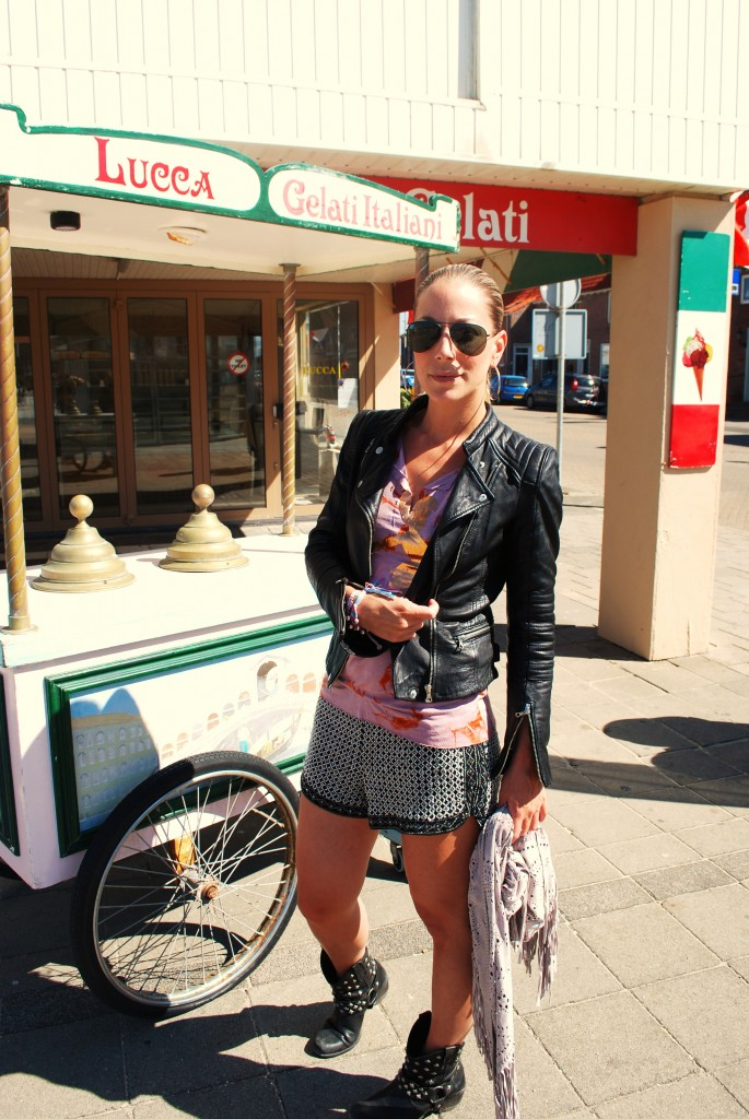 shorts, leather jacket, suede fringe scarf, ponytail talitha ewi