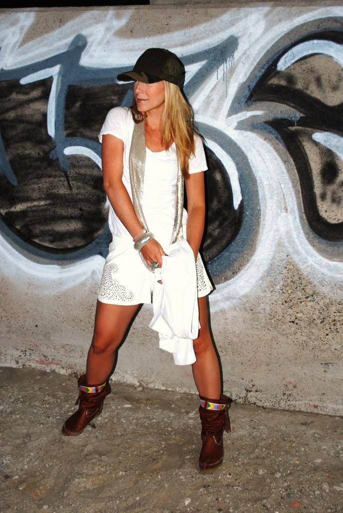 bridge talitha ewi all white outfit