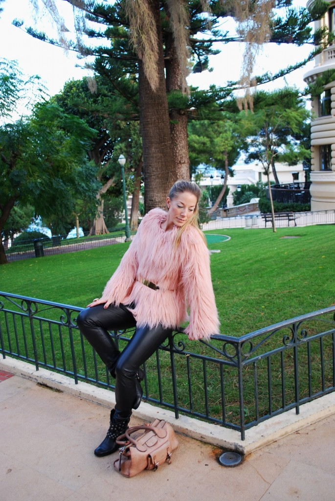 Monaco French Riviera Faux Fur baby pink leather pants golden belt